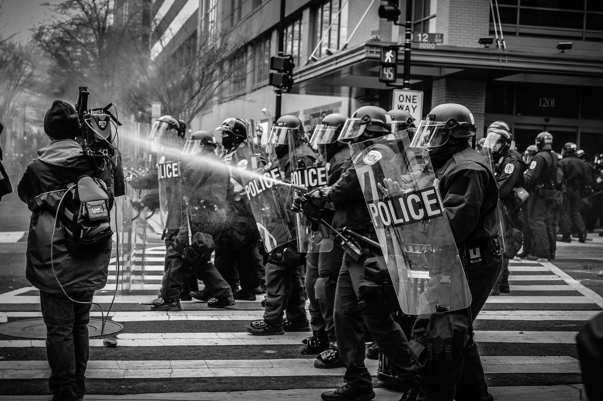 機動隊は何してる? 警察官を目指す人のための何してるシリーズ part6