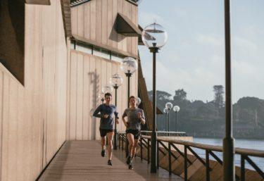 有酸素運動は楽しくやろう!!苦しさをガマンすれば成果が得られるなんて大間違い!!気持ち良いジョギングの始め方